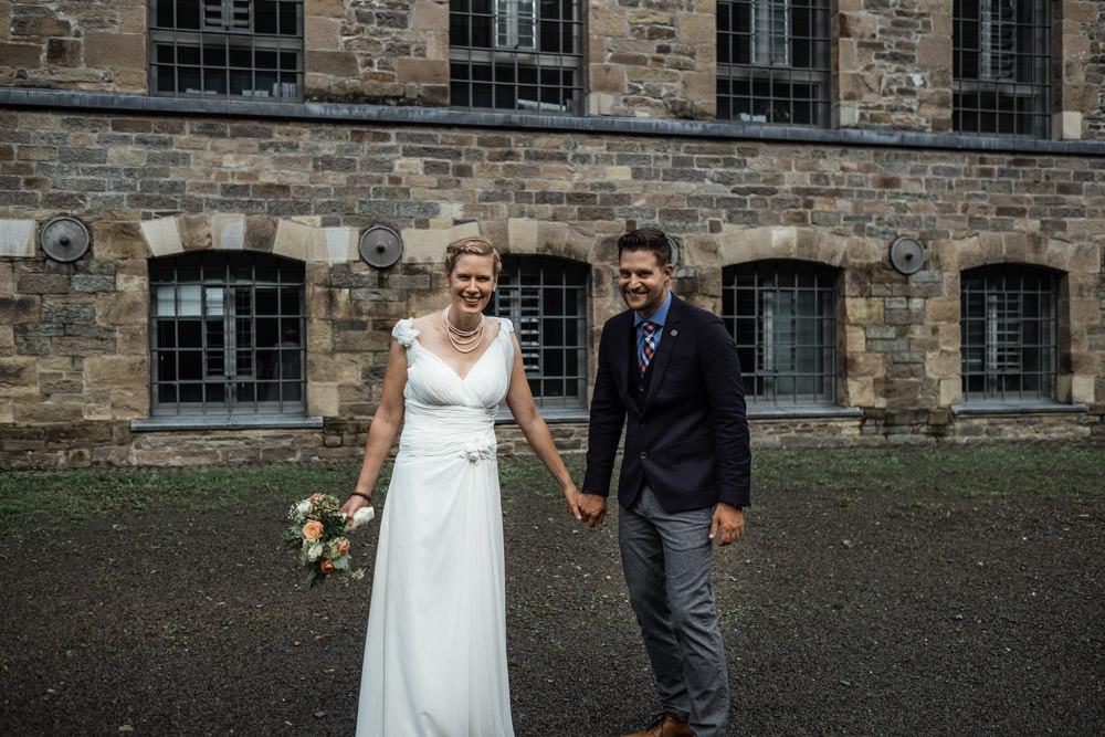 Hochzeit in Engelskirchen Brautpaar