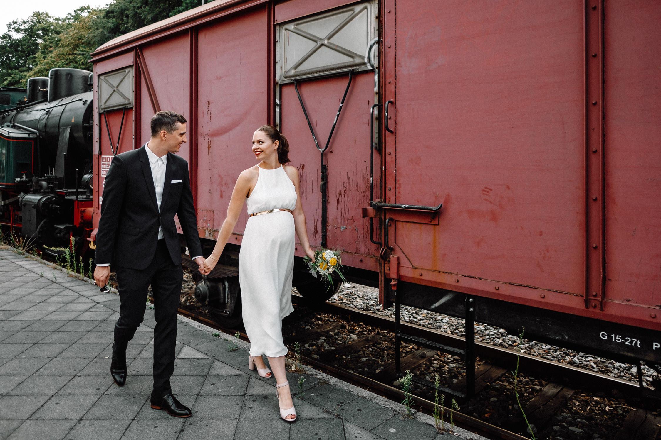 Hochzeitsfotograf_Koeln_Standesamt_Krefeld_NRW_Hochzeitsreportage-Duesseldorf-01