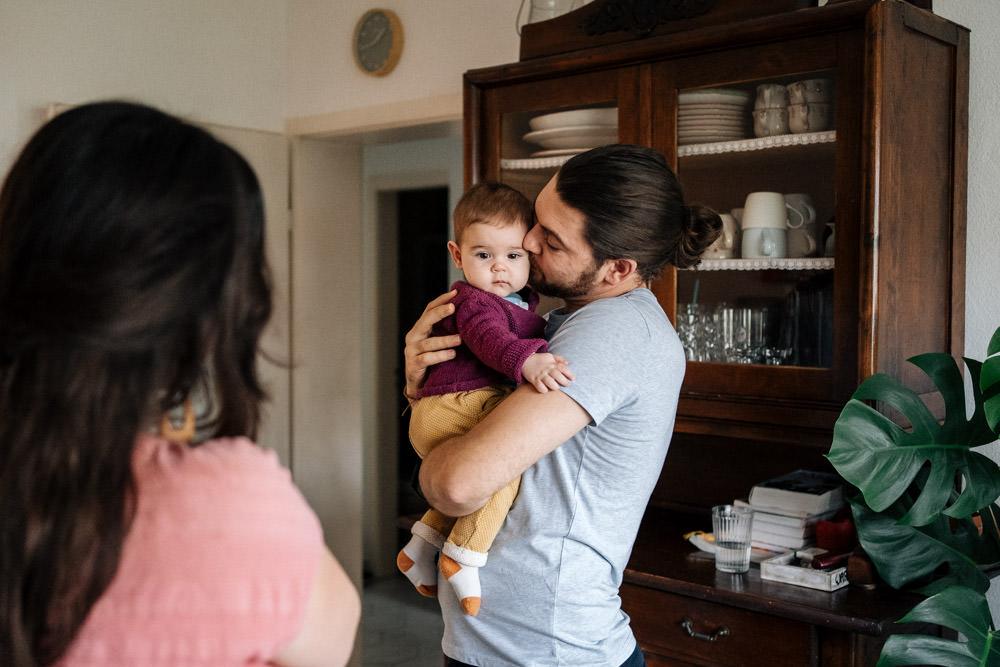 Papa und Babytochter - Babyfotografie, Familienfotografie